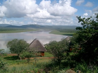 Nkwazi Lodge Bugalow In Pongola Game Reserve