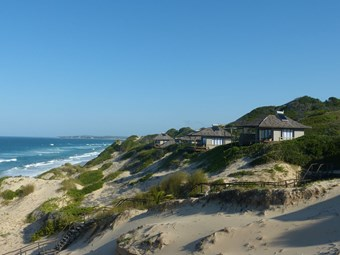 Strand bij Blue Footprints Eco Lodge