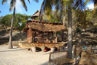 Beach Bar Bij Kichanga Lodge