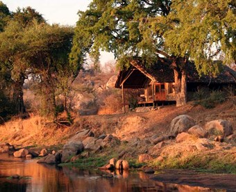 Kamer Bij Ruaha River Lodge