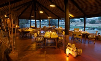 Restaurant Bij Ruaha River Lodge